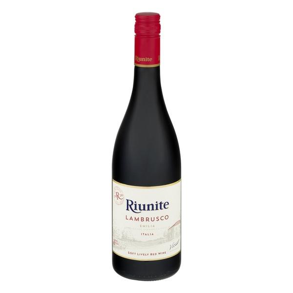 Riunite Lambrusco Emilia Italia Soft Lively Red Wine
