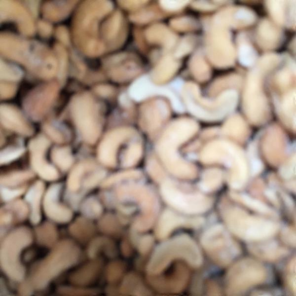 Bulk Honey Roasted Cashews (per lb) from Fresh Thyme Farmers