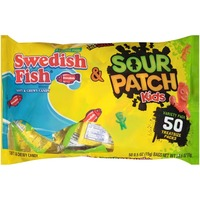 sour patch kids u0026 swedish fish halloween treat size variety pack candy
